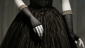 THE MET'S MOURNING ATTIRE