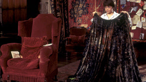 YOU COULD SOON HAVE AN INVISIBILITY CLOAK IN YOUR CLOSET