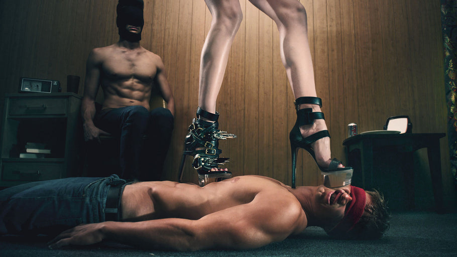 WE PRESENT VISIONAIRE 67 FETISH WITH STEVEN KLEIN