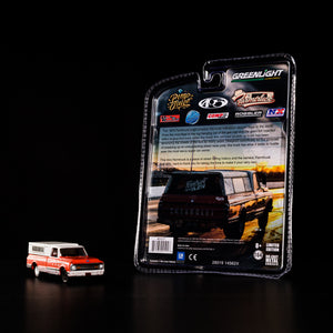 1970 Farmtruck Diecast Replica 1/64 scale