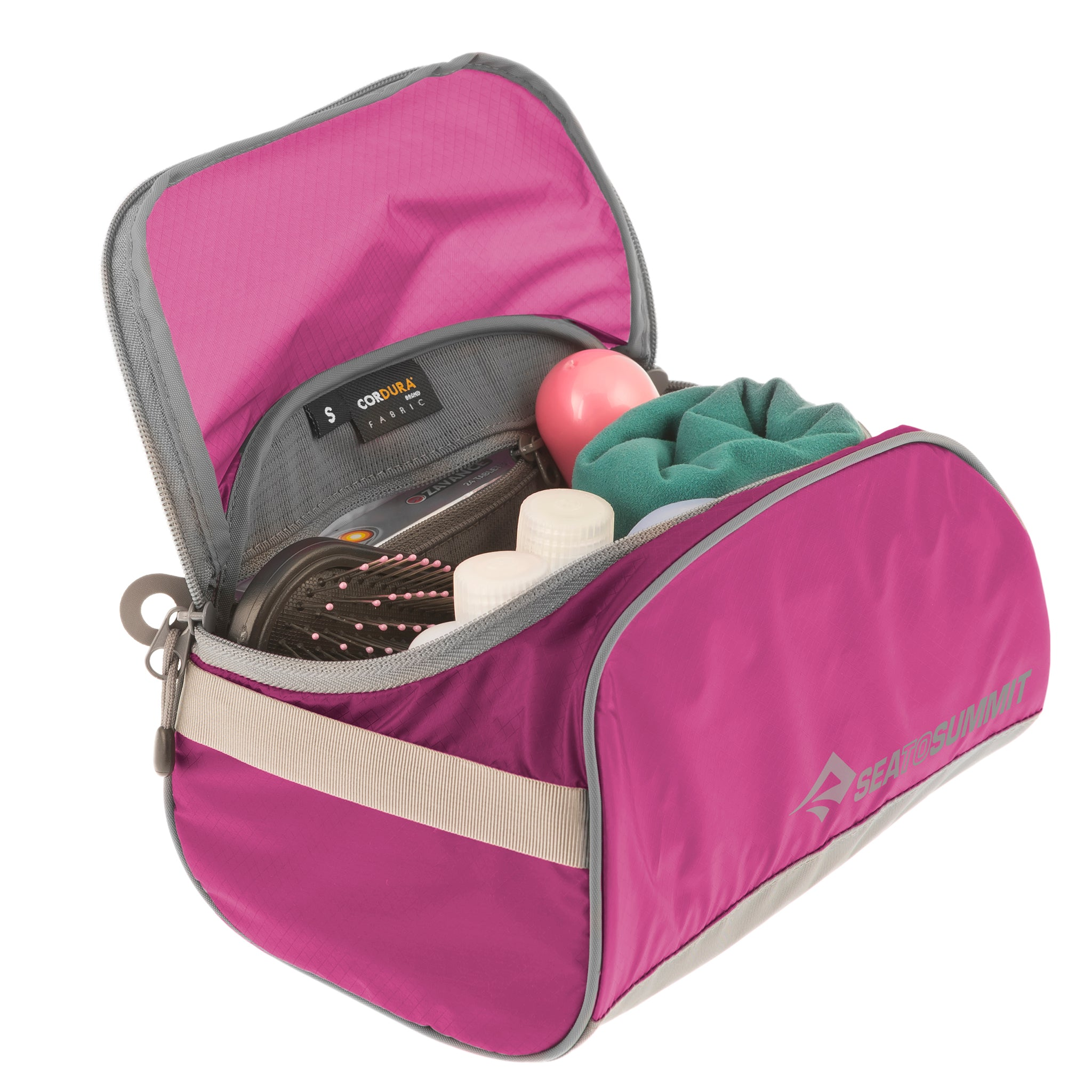 Travelling Light _Toiletry Cell _ Small _ Berry