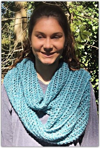 Winter Ice Cowl - Designed by Eleanor Swogger