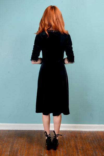 Vintage inspired 1950s Velvet stretch fit and flare dress - SM