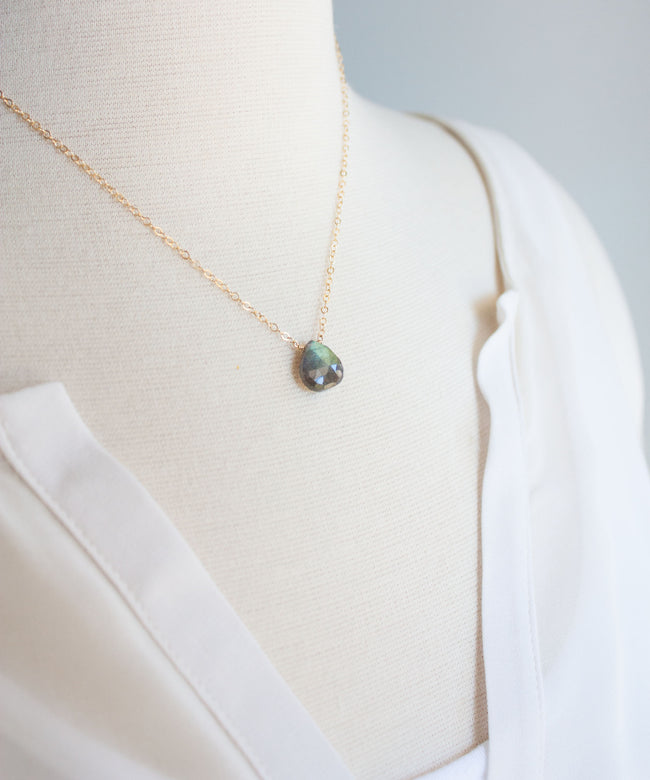 Brie Pendant Necklace | Labradorite