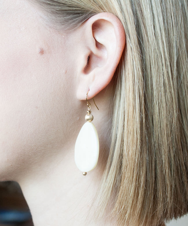 Hampton Oval Drop Earrings | Bone