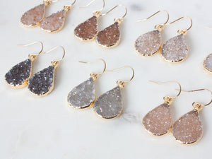 Della Druzy Drop Earrings | Gold