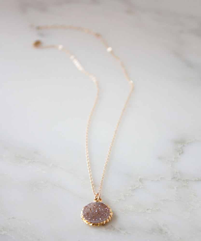 Load image into Gallery viewer, Rey Druzy Pendant Necklace