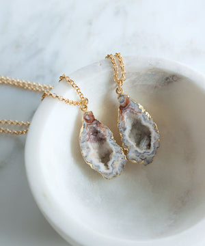 Load image into Gallery viewer, Jane Geode Pendant Necklace | Dark