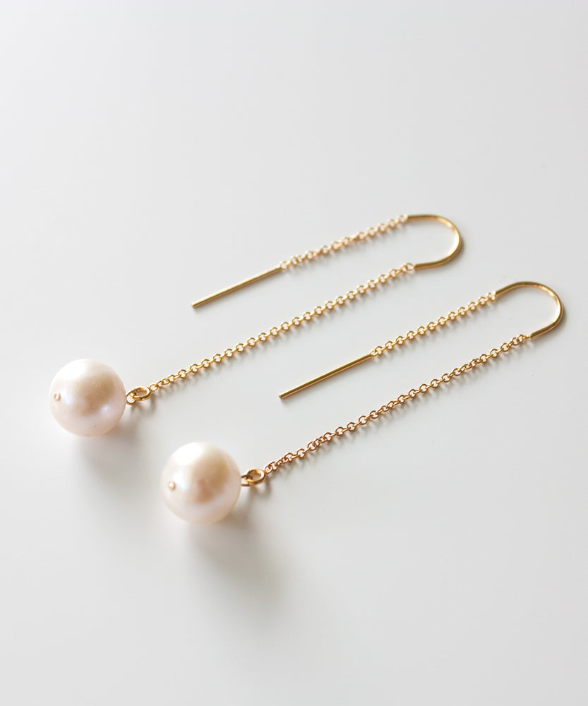 Neri Pearl Threader Earrings