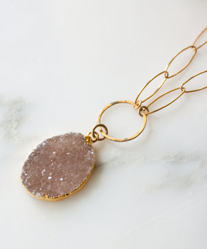 Joss Short Druzy Pendant Necklace