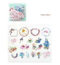 """Bouquets + Wreaths"" Set of 20 Floral Paper Stickers"