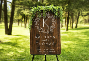 Wedding Welcome Sign With Initial In Wreath (GP1122)