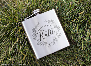 Personalized Flask, Bridesmaid Gift, Maid of Honor Gift, Flask, Wedding Gifts, Bridesmaid Flask, Flasks for Women, Gifts for Bride (GG4087)