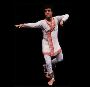 Power culture and transcending gender in Indian Kathak dance