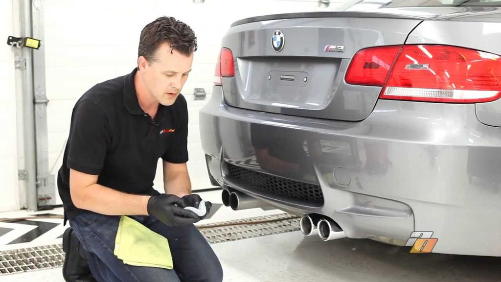 How to clean Exhaust Tips, cleaning and polishing car exhaust tips.