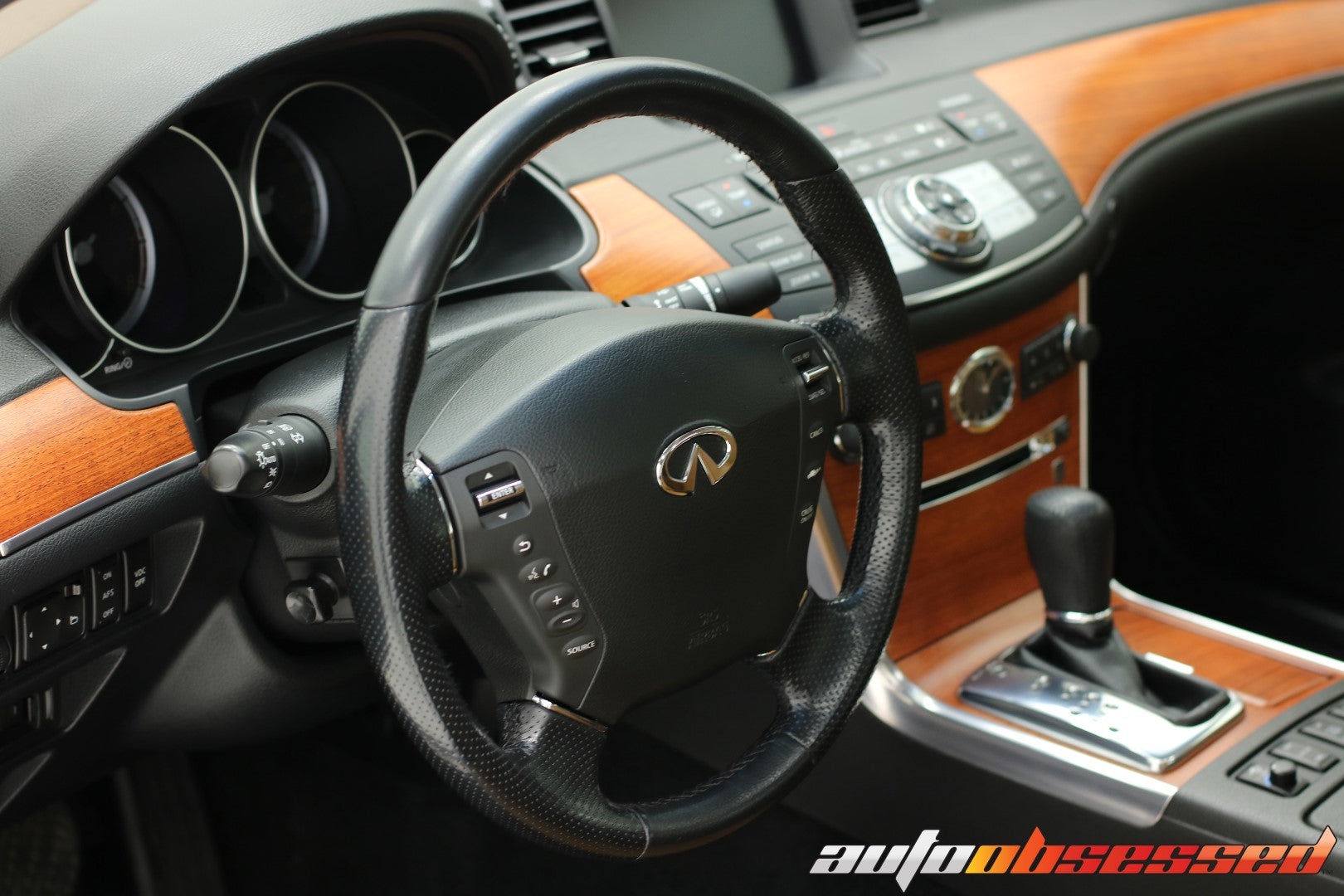 2006 Infinity M35x Clean Room Interior Detailing Complete - Auto Obsessed