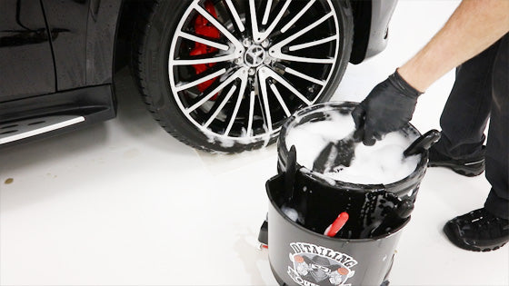 The best car wash bucket system includes accessories for easy use