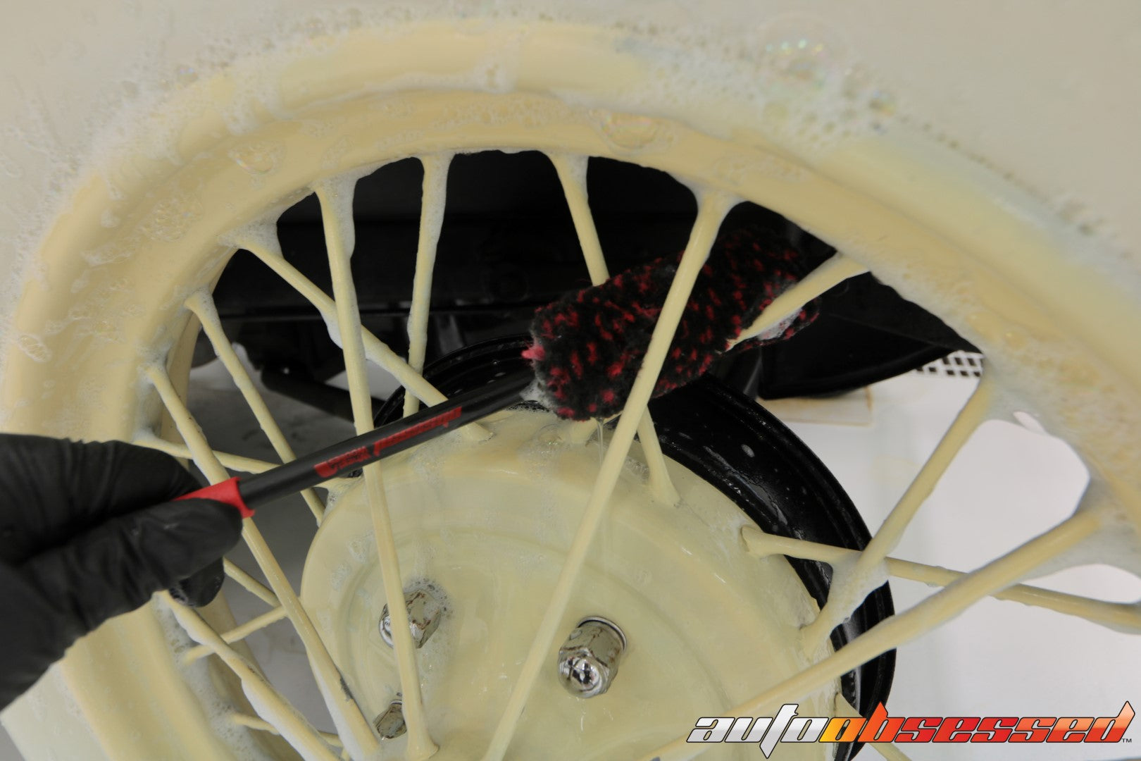 1928 Ford Model A Wheel Brushes Wheel Cleaner - Auto Obsessed