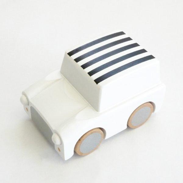 kuruma - classic wooden wind up car (stripes/whites)