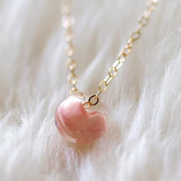 kerry necklace (blush)
