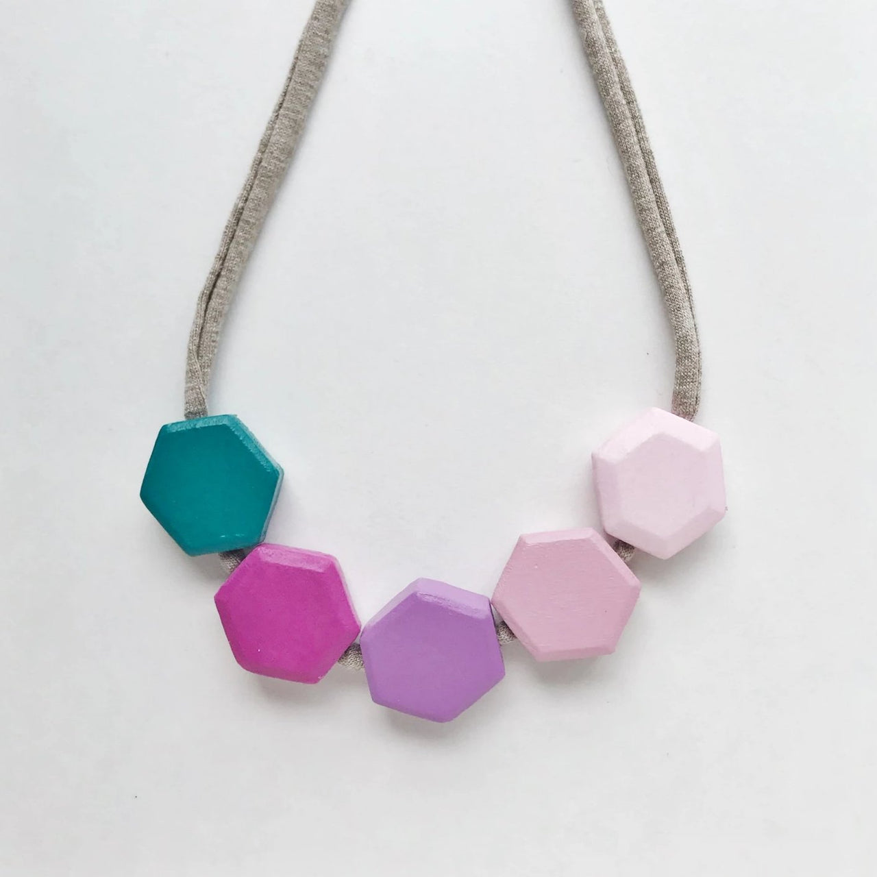 aoife honeycomb necklace