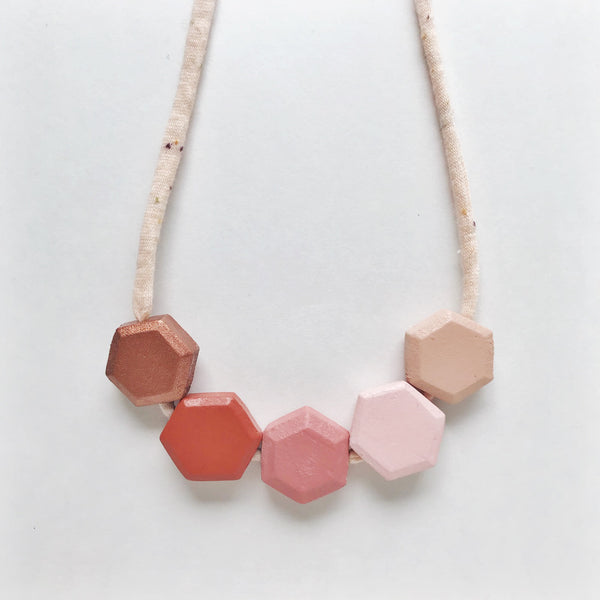 harlow honeycomb necklace