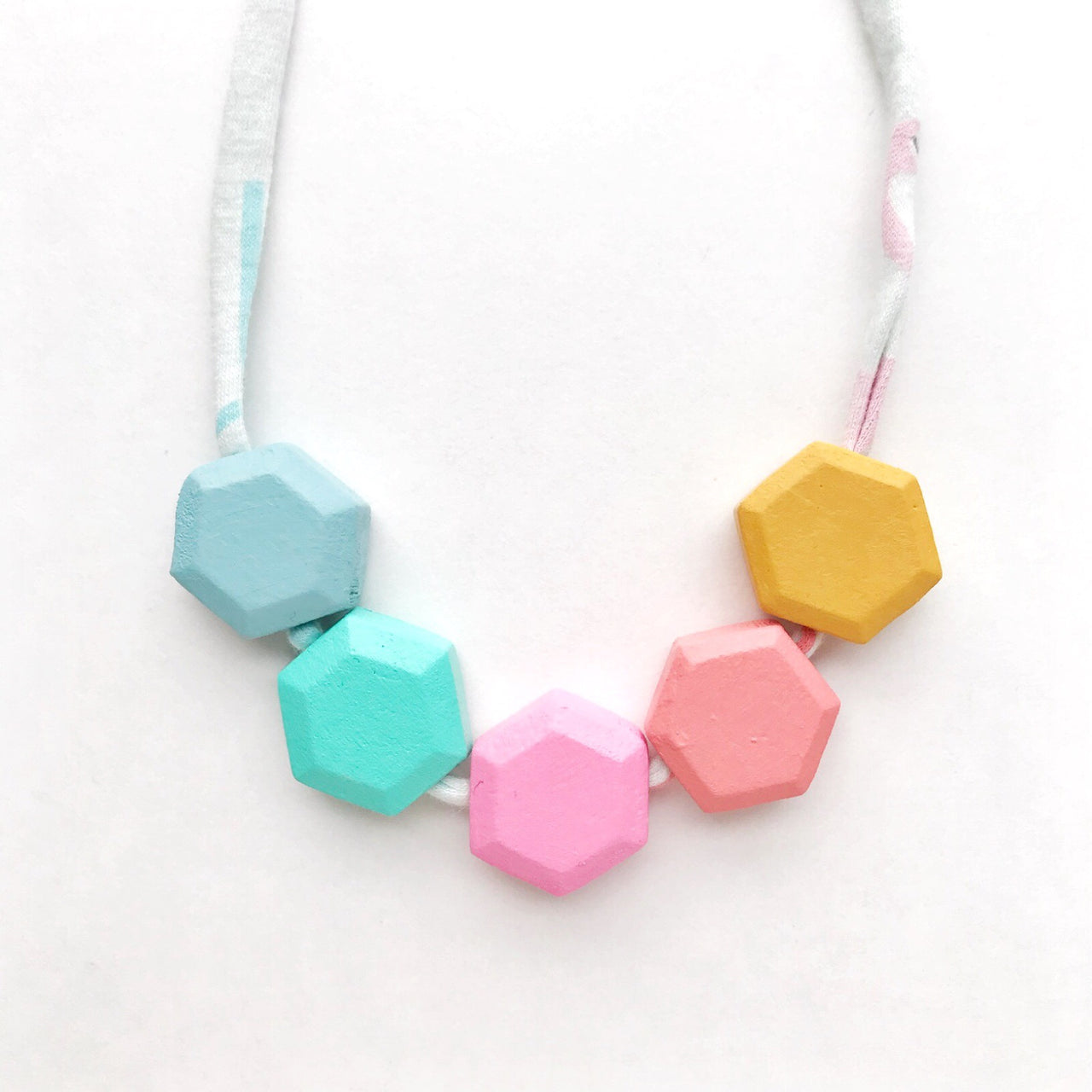 courtney honeycomb necklace