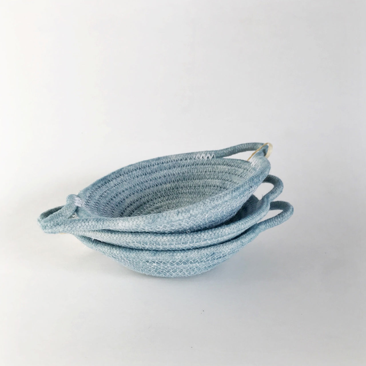 rope vessel blue