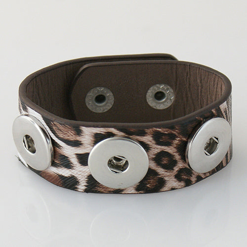 Leopard print leather bracelet