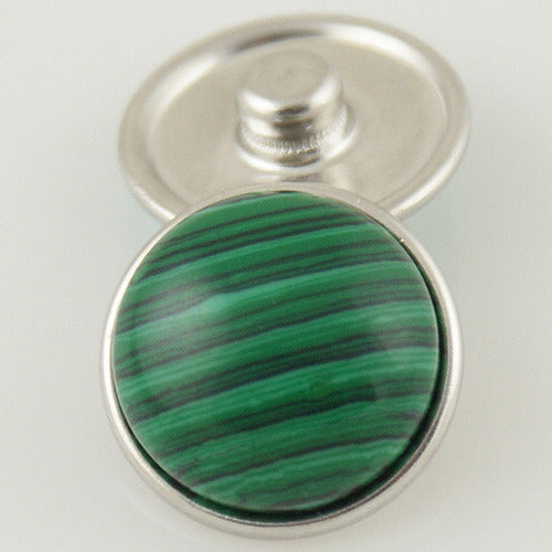 Large round snap with green semi-precious stone
