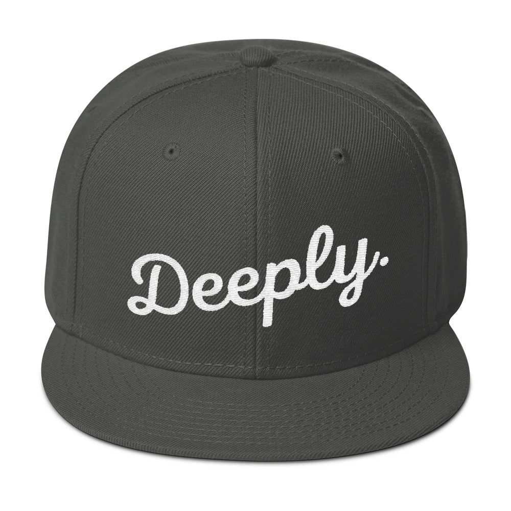 Deeply Snapback Hat in Grey & White