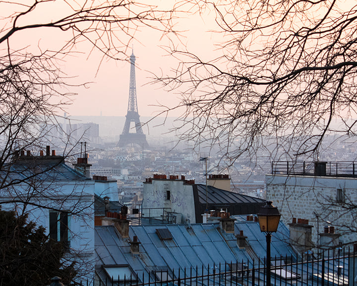 paris sunset in montmartre