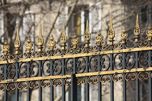 Gold Gate of Parc Monceau - Every Day Paris