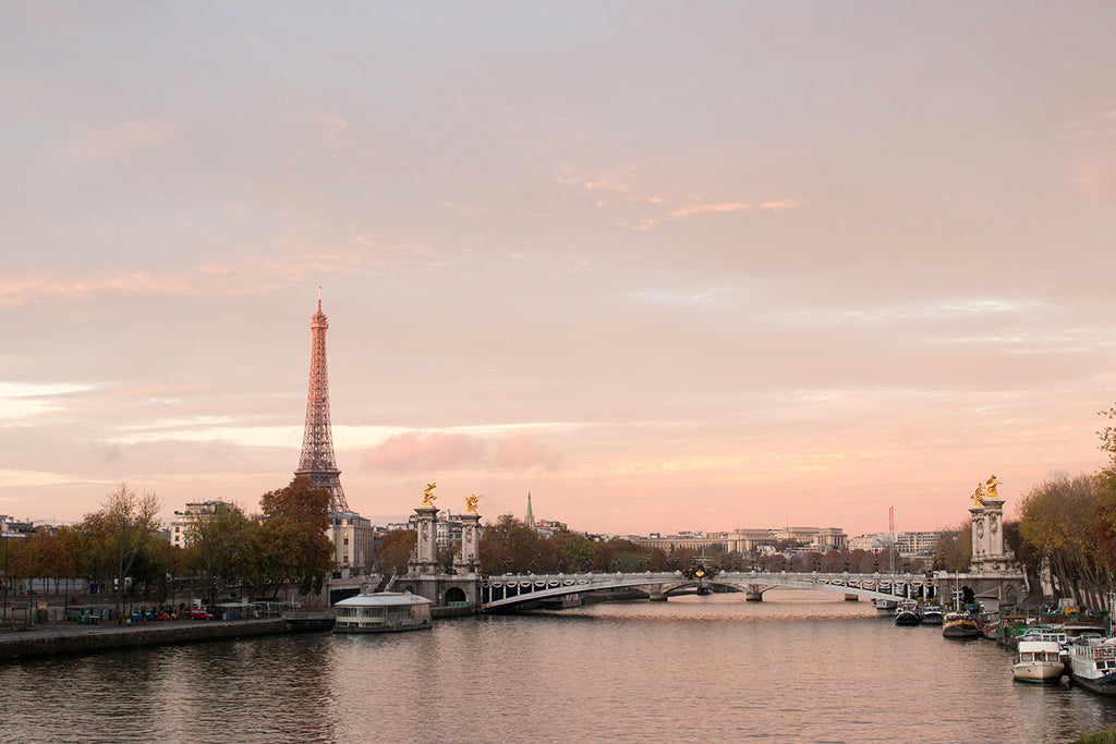 Sunrise on The Seine in Paris - Every Day Paris