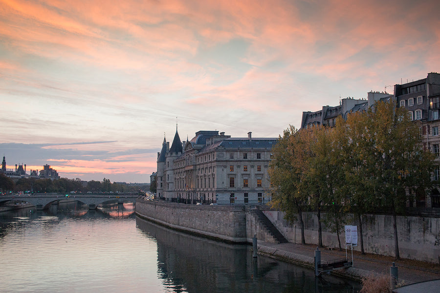 Sunrise Stroll on The Seine in Paris - Every Day Paris