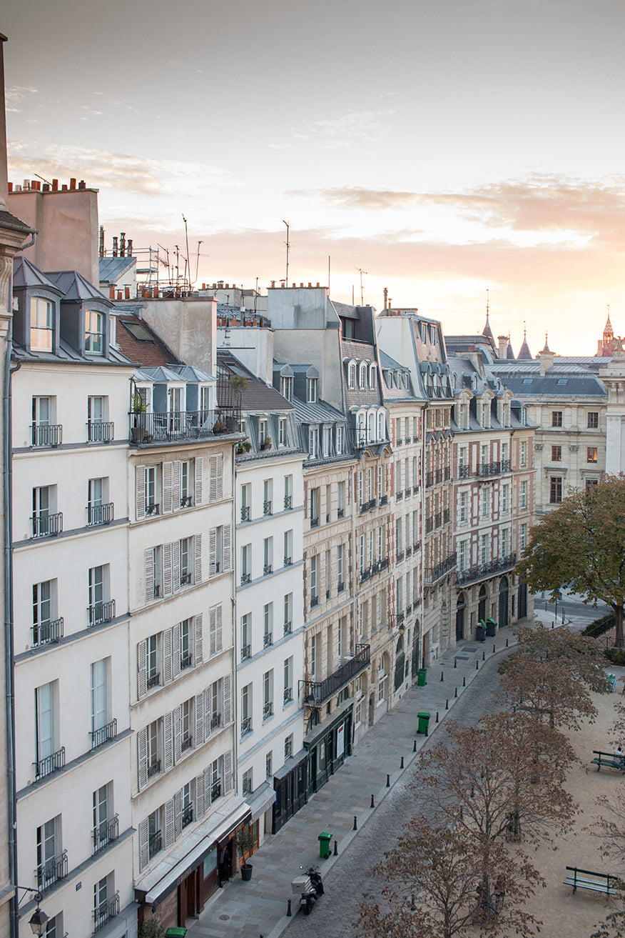 Sunrise on Place Dauphine - Every Day Paris