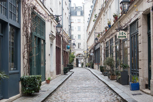 Rain Soaked Cobblestone Streets in Paris - Every Day Paris