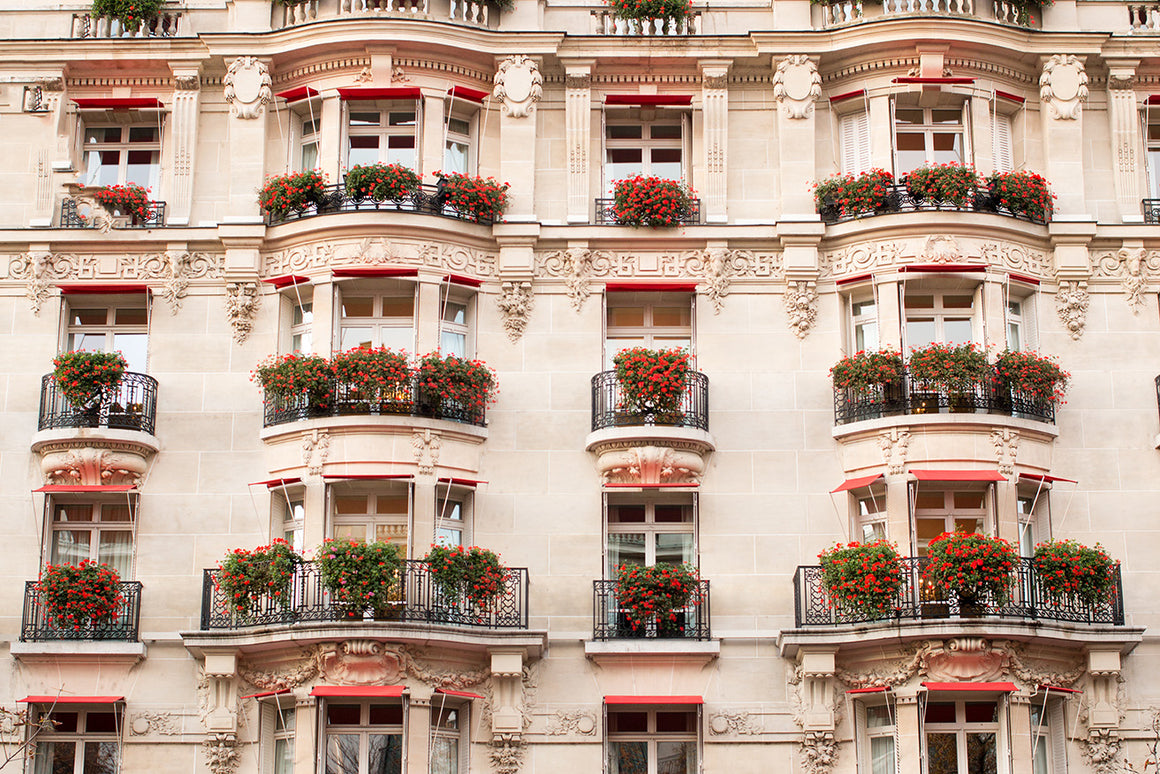 Flowered Balconies at Plaza Athenée - Every Day Paris