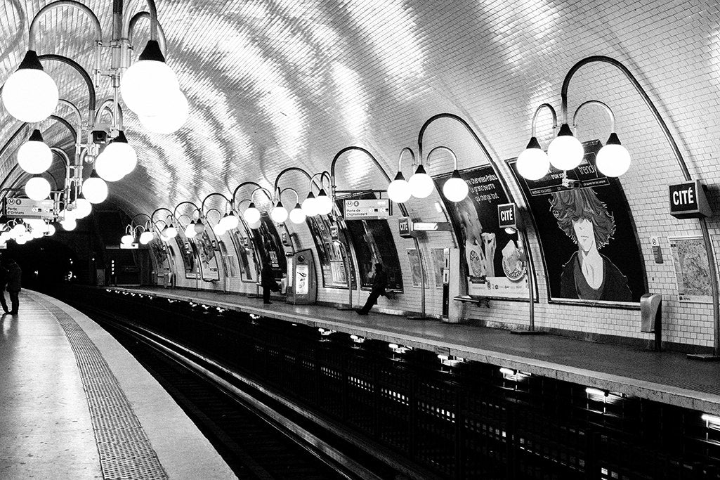 paris metro cité in black and white rebecca plotnick photography