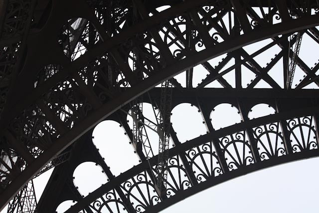 Black and white eiffel tower every day paris