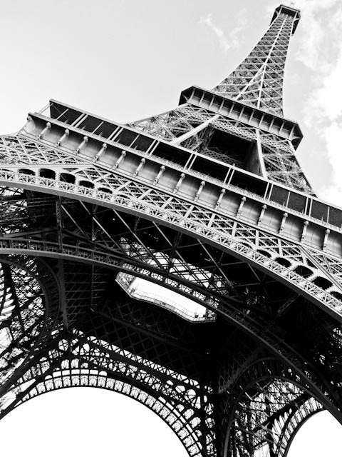 Black and white eiffel tower in paris every day paris