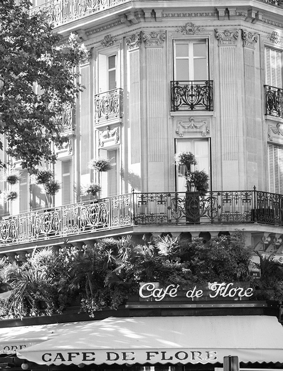 Black and White Café de Flore - Every Day Paris