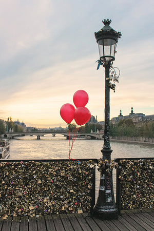 Red Balloons on the Pont des Arts - Every Day Paris