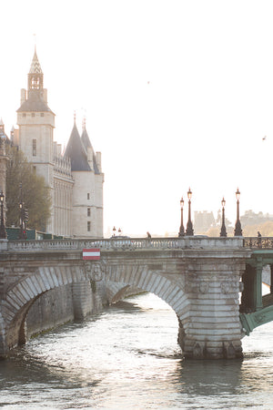Chasing light on the Seine - Every Day Paris