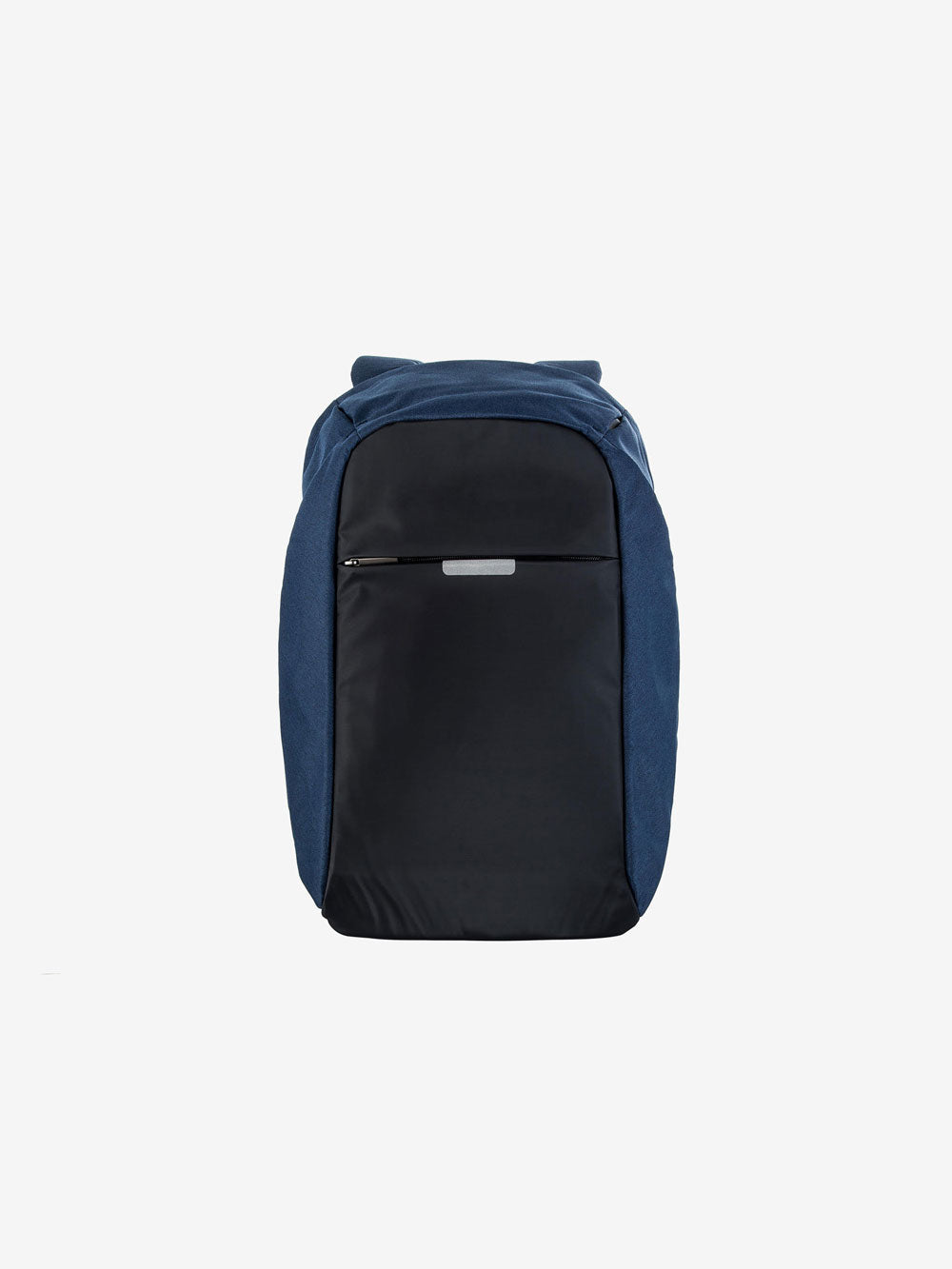 Daypack with Charger in Navy