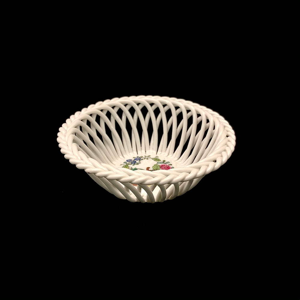 Load image into Gallery viewer, HEREND Indian Basket Open Weave Basket