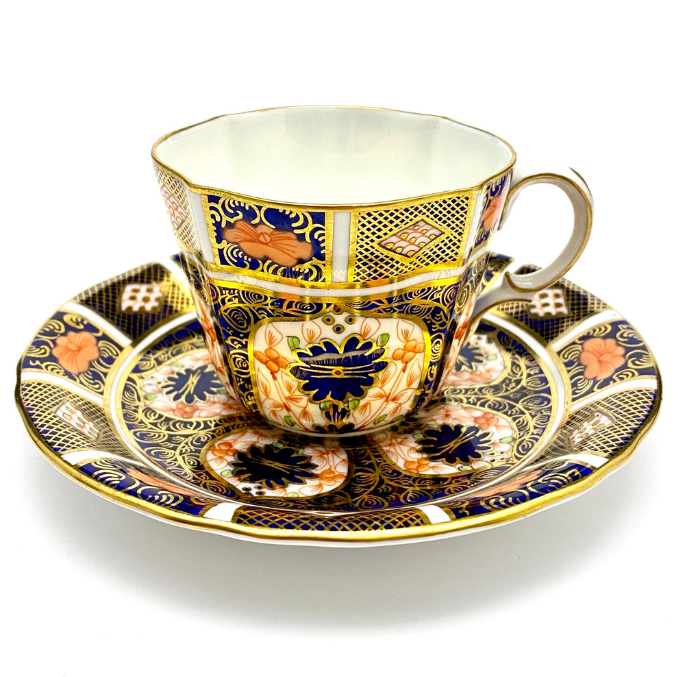 ROYAL CROWN DERBY Imari 1128 Cup & Saucer
