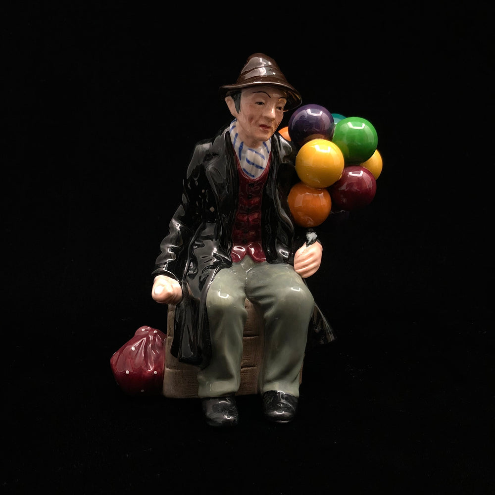 ROYAL DOULTON The Balloon Man HN 1954 Figurine