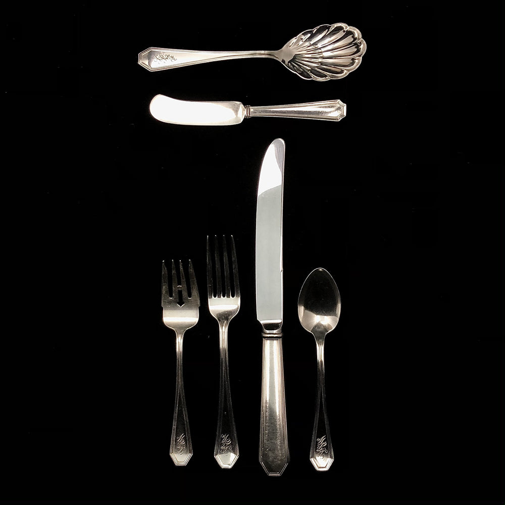INTERNATIONAL Sterling Silver Columbia Flatware - 32 Pieces