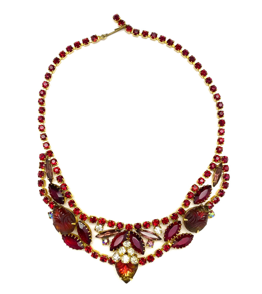 Load image into Gallery viewer, Vintage Rhinestone & Molded Glass Necklace